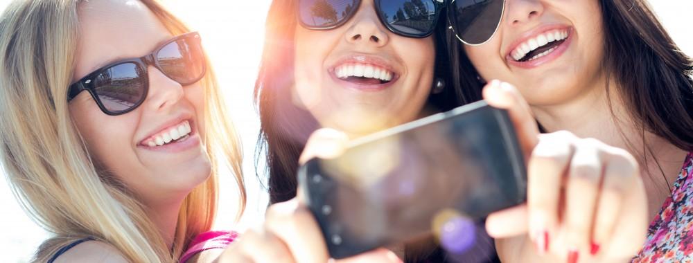 ragazze-scatto-selfie